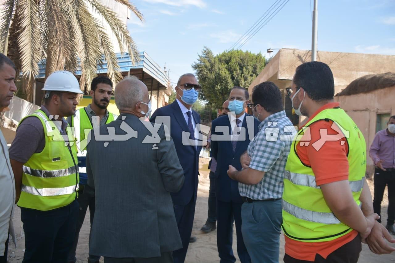 محافظ القليوبيه يتفقد عددا من المشروعات بمدينة طوخ